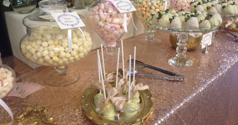 wedding decorated cake pops and strawberries