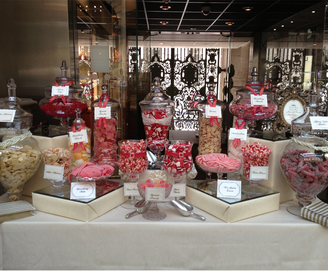 Wedding Candy Buffet in corals