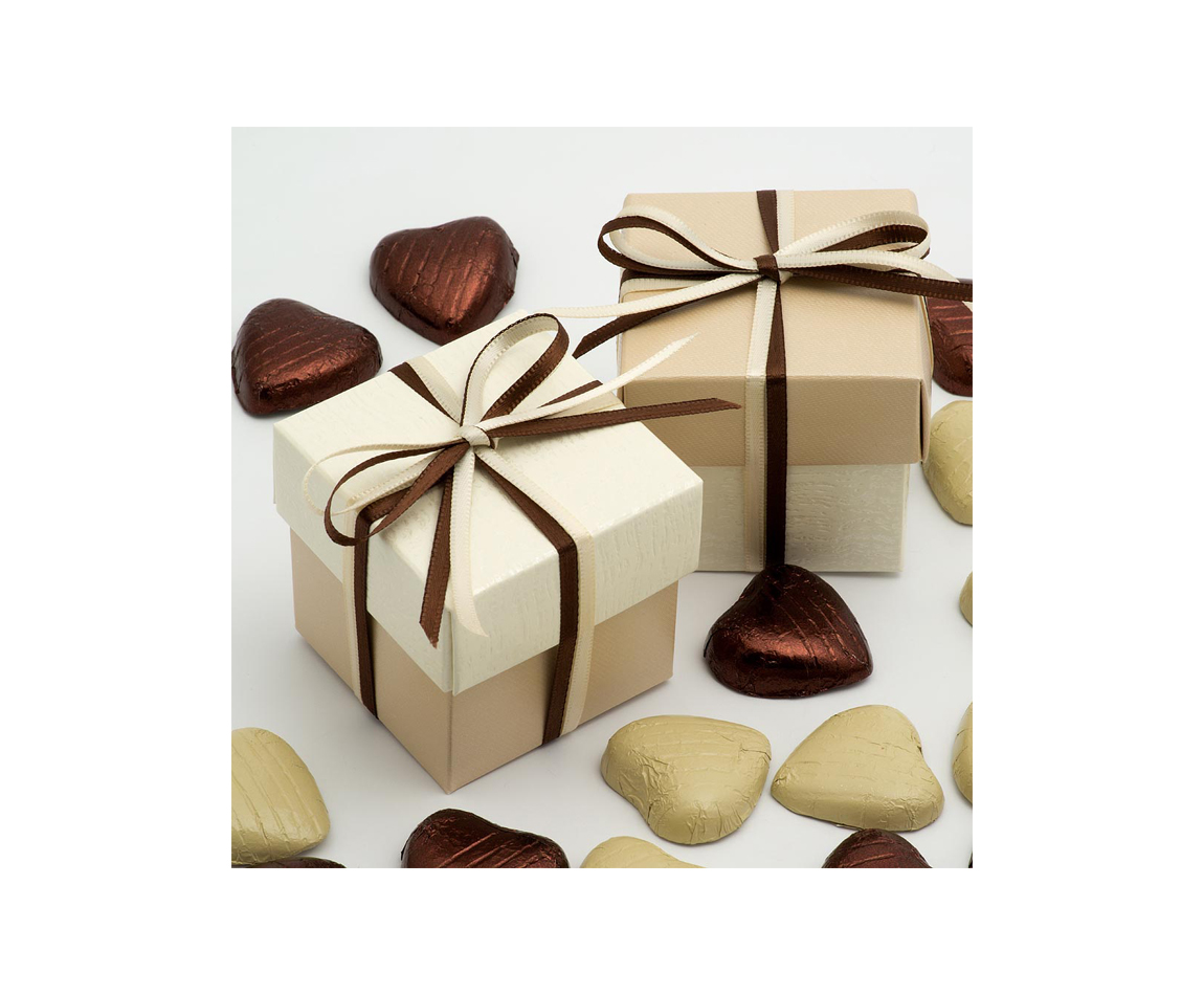 Two Tone Favour Box Champagne and Ivory x 10 (Min 5) - Candy Buffets ...