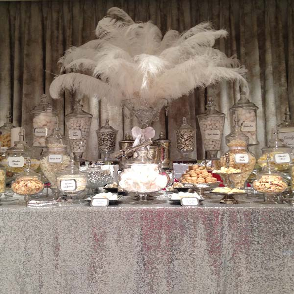 Red Dessert Table For Weddings: Wedding Candy Buffet In Silver And White
